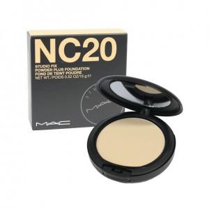 Mac Studio Fix Powder Plus Foundation NC20 - 15gr